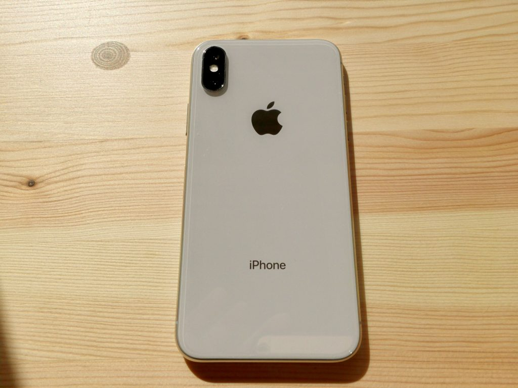 iPhone x 背面デザイン